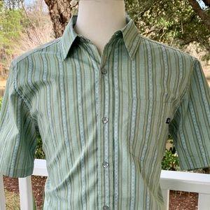 Marmot Casual Button Up Short Sleeve Shirt. M